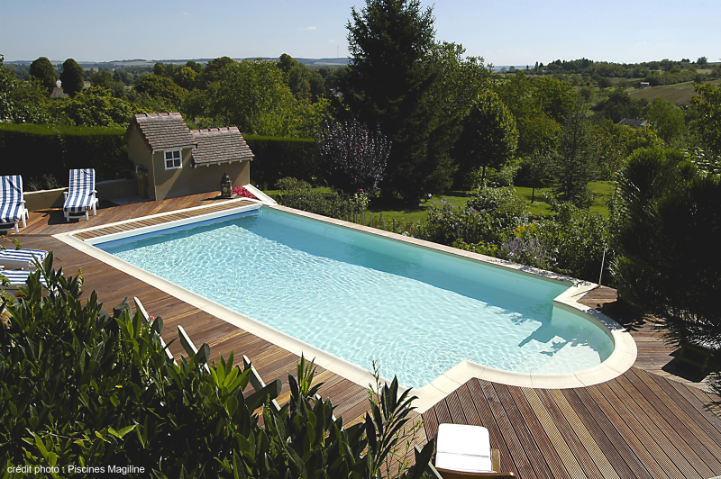 Piscines magiline paysage yonnais for Cash piscine heure d ouverture